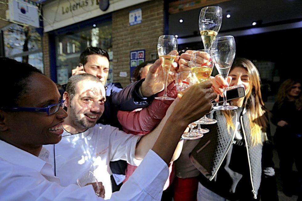 Apuesta futbol comprar loteria en Madrid-172247