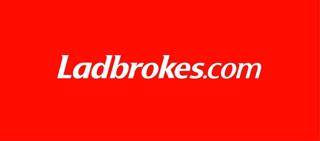 Online Ladbrokes mejor juego de poker-703223