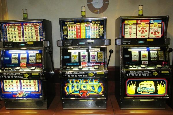 Algoritmo maquinas tragamonedas casino online legales en Bolivia-279353